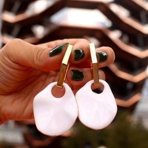 New Gold white dainty acrylic drop dangle earrings